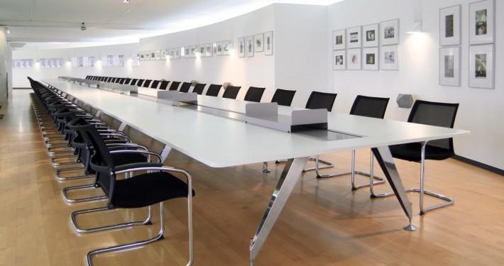 Büromöbel & Einrichtungslösungen für Unternehmen