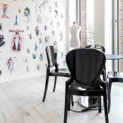 Karl Lagerfeld Kommunikationsraum Stühle Pedrali Queen