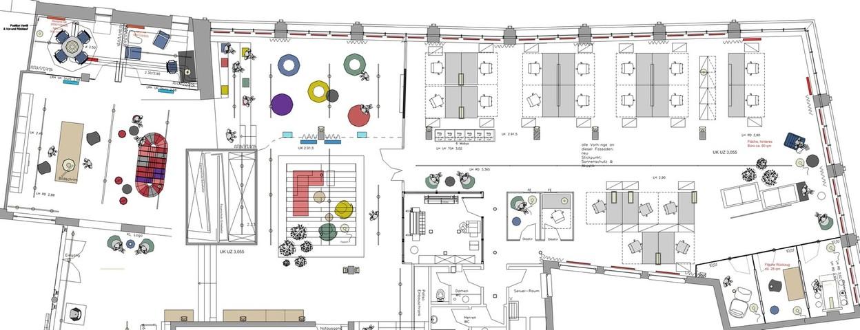 Detailplan einer Büroplanung mit Open Space, Rückzugsräumen und Lounge
