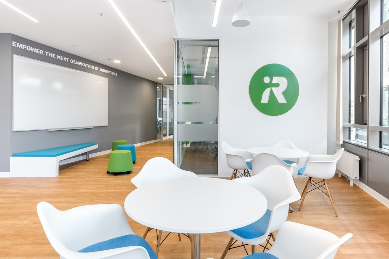iRobot Germany Work-Cafe mit CI Branding